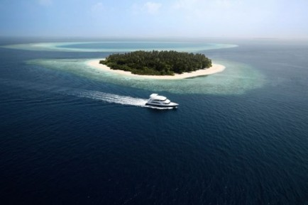 surf holiday Maledives