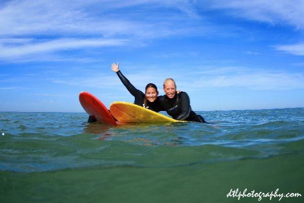 85e446b600 Aprender surf con Feral Surf Tours a Le Pin Sac en Francia