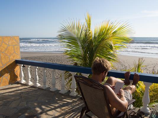 Puerto Sandino Surf Resort - Surfing in Nicaragua