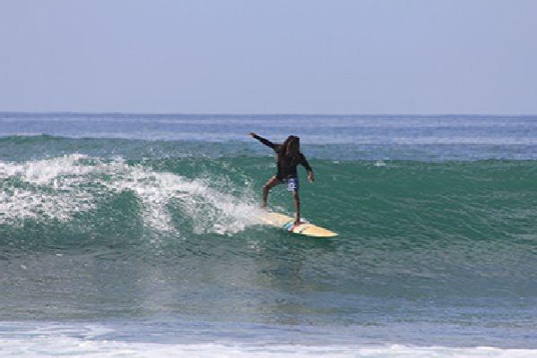 Surf & Yoga Mirissa - Enjoy the good vibes at Surf and Yoga